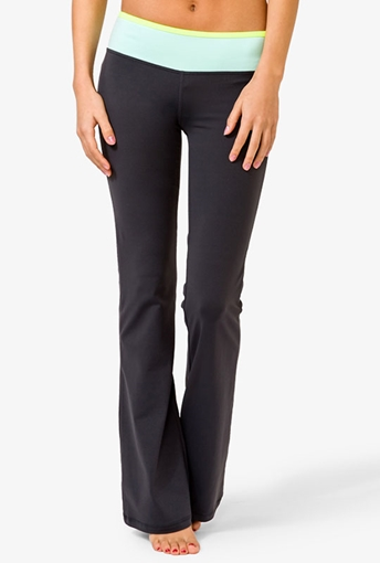 Picture of Yoga Pants Belt Colored Black